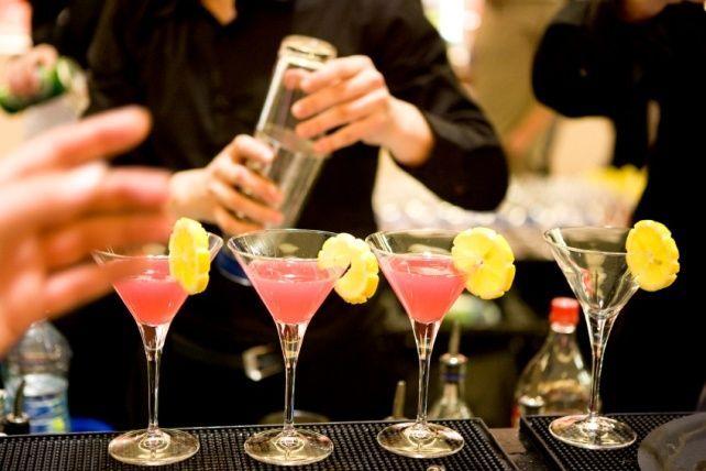 Бари з кращими акціями на алкоголь