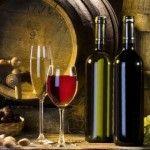 Бочкова та темно-зелена витримка вина