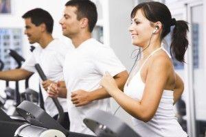 Хорошим відволікаючим засобом при стресі є фізичне навантаження. Навантажуючи м`язи, можна розвантажити голову