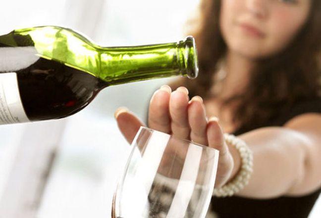 Що буде якщо різко кинути пити алкоголь?