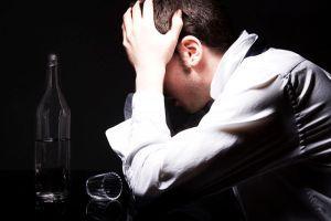 Що робити, якщо алкоголік не хоче лікуватися?