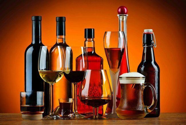 Що входить до складу алкоголю?