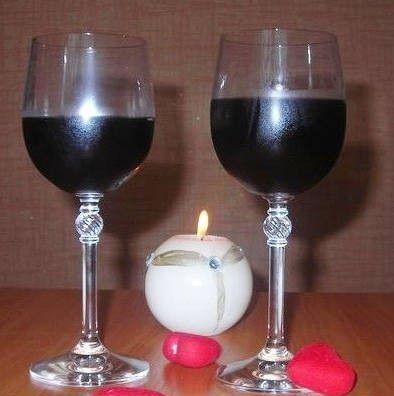 фото домашнього вина з ожини