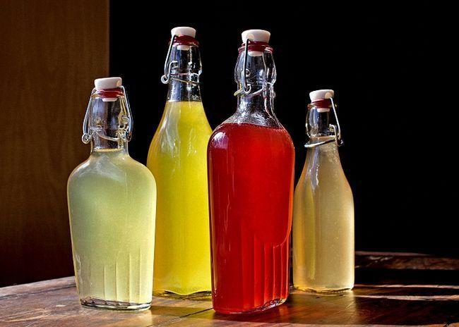 Вино асорті з суміші ягідних соків