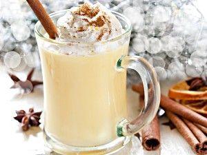 Гаряче молоко - смачно і корисно
