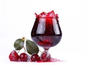 Готуємо домашнє вино з вишні