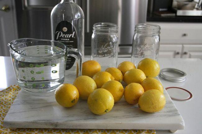 Готуємо лимонну горілку в домашніх умовах