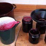 Зберігання домашнього вина в пластикових пляшках і скляних банках