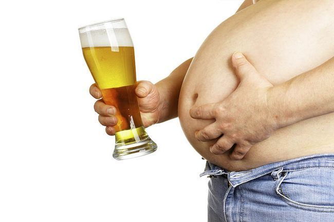 Як швидко прибрати пивний живіт чоловікові в домашніх умовах?