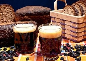 хліб, квас, родзинки