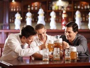 Наскільки велика шкода пива для чоловіків: вплив на здоров`я