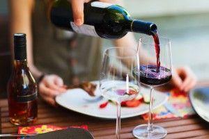 Який алкоголь можна пити при дієті і не набирати зайві кілограми?