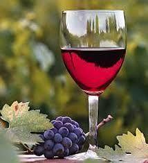 Червоне напівсолодке вино