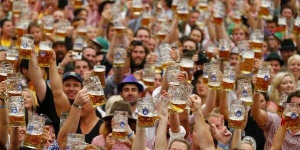 Октоберфест - свято пива в німеччині