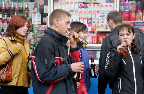 Чи можна купувати алкоголь в день повноліття і який саме?