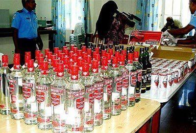 Чи можна провозити алкоголь на мальдіви?