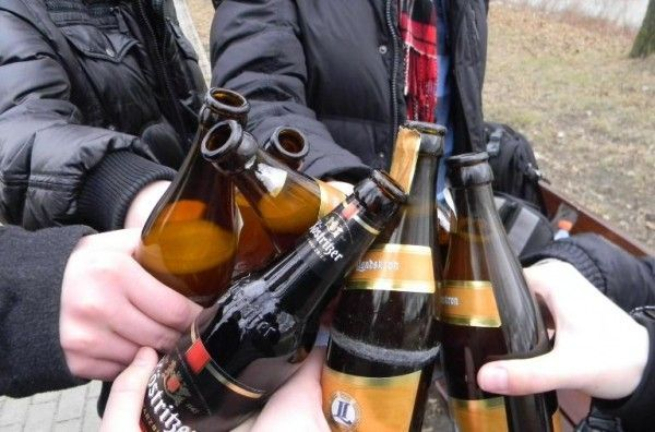 Покарання за розпивання спиртних напоїв у громадських місцях