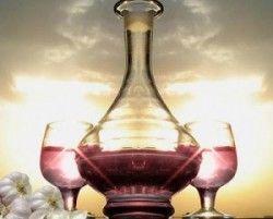 Настоянка часнику на червоному вині
