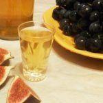 Настоянка інжиру на горілці (самогоні, спирті)
