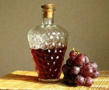 Настоянка з винограду на горілці - джерело здоров`я і життєвих сил