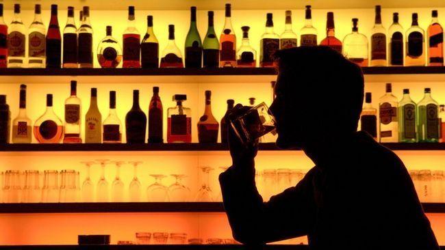 Чому болить підшлункова після алкоголю?