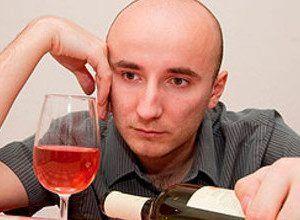Чому у деяких людей організм не приймає алкоголь?