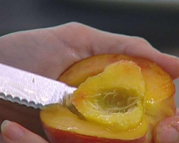 як чистити персики для браги фото