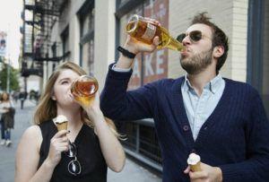 Розпивання спиртних напоїв у громадських місцях