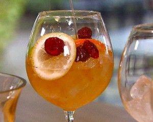Рецепти алкогольного коктейлю сангарі