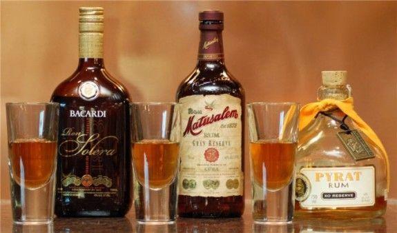 З чим п`ють ром, як вибрати найкращий спосіб залежно від кольору напою