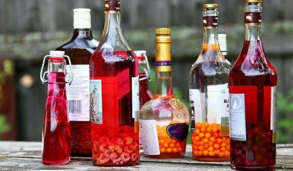 Найпопулярніші алкогольні настоянки
