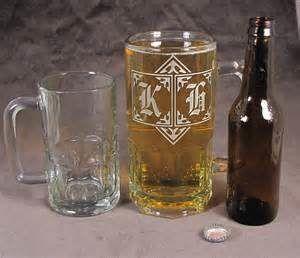 залежність можна, якщо пити щодня 1 склянку горілки або 2 літри пива