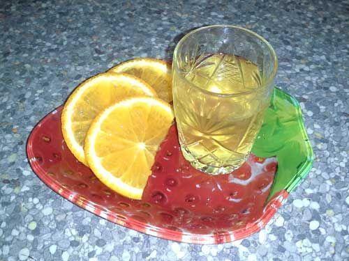 Сонячна апельсинова настойка в домашніх умовах