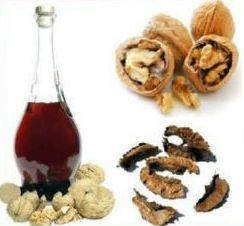 Спиртова горіхова настоянка: застосування і приготування на спирту і горілки