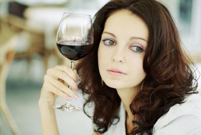 Вино і грудне вигодовування: вплив на дитину