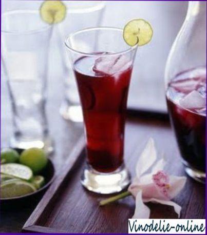 Вино з квіток бузини