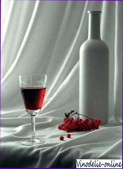 Вино з червоної горобини