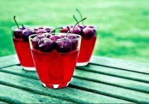 Вітамінний концентрат - вишневий сік!