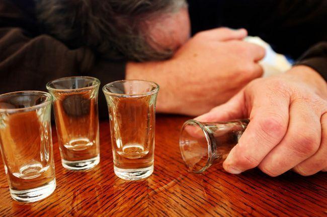 Висока смертність від алкоголю в росії